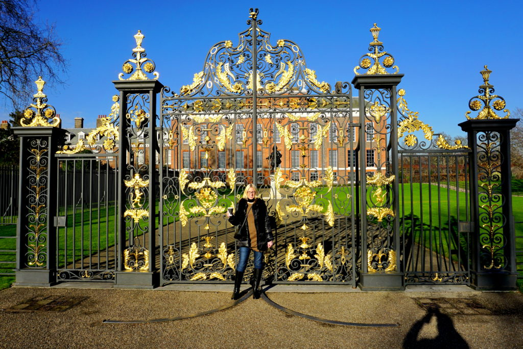 correctDSC02266-1024x683 A Dog Travels to Kensington Palace in Hyde Park